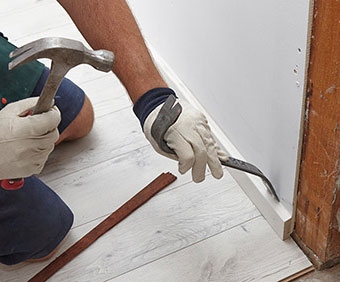 Removing Old Skirting