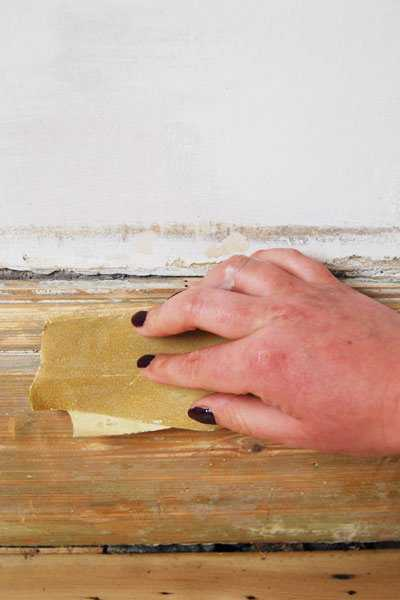 Sanding Paint Off Old Skirting Boards